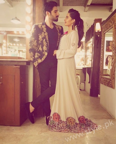 Aiman Khan and Muneeb Butt at 'Tonight With HSY' (5)