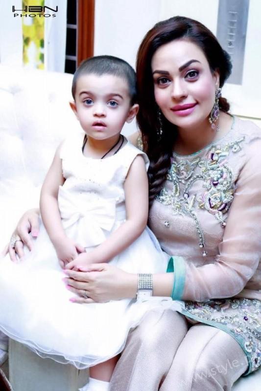 Celebrities at Javeria Saud's daughter Jannat Saud's Birthday Party (21)