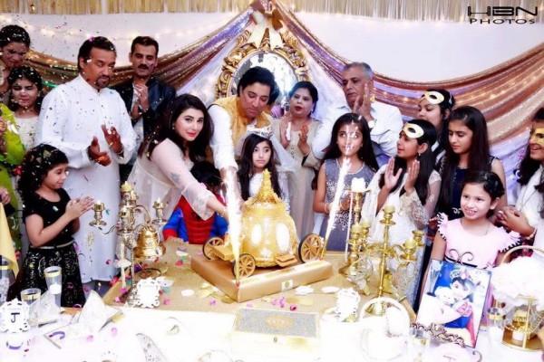 Celebrities at Javeria Saud's daughter Jannat Saud's Birthday Party (34)