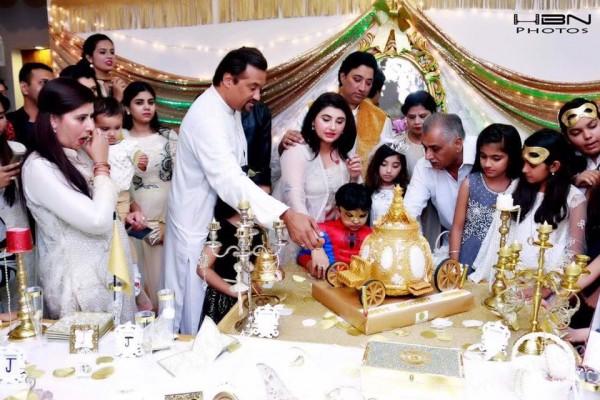 Celebrities at Javeria Saud's daughter Jannat Saud's Birthday Party (35)