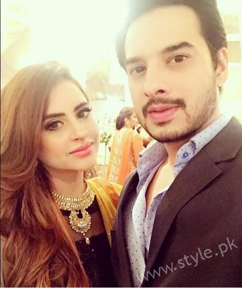 Fatima Effendi and Kanwar Arsalan at a Friend's Wedding (6)