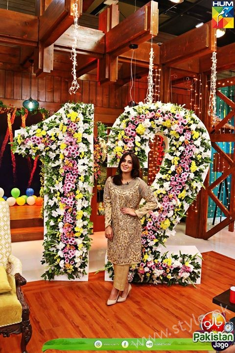 Kubra Khan, Sarah Khan, Iqra Aziz and Sonya Hussain at 12 Anniversary of HUM TV (33)