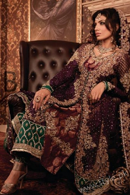 New gown style dresses in Pakistan (4)