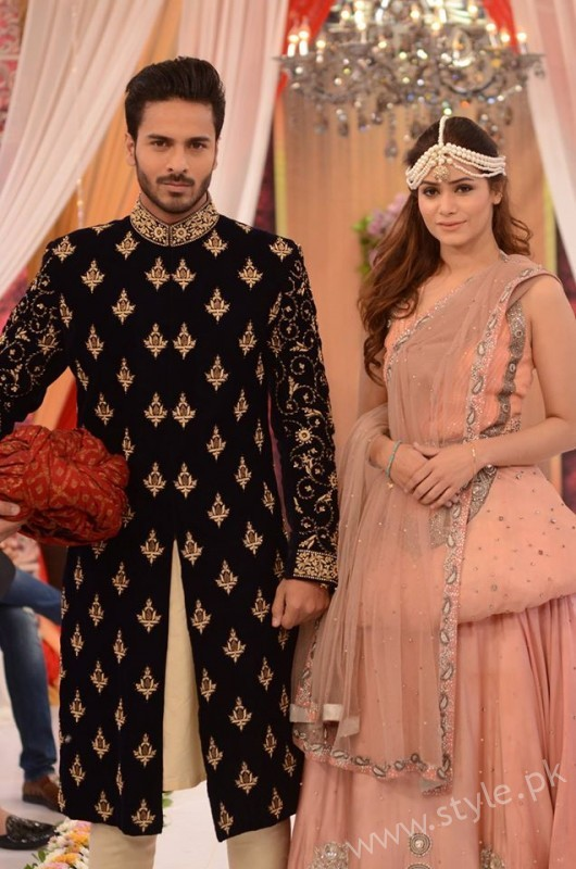 Pakistani Bride's and Groom's Fashion Trends (4)