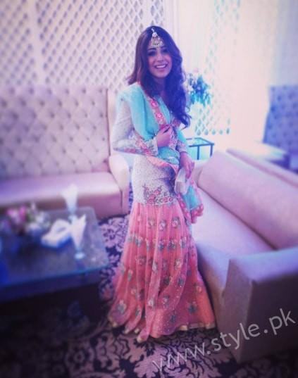 Ushna Shah at her Friend's Wedding (5)