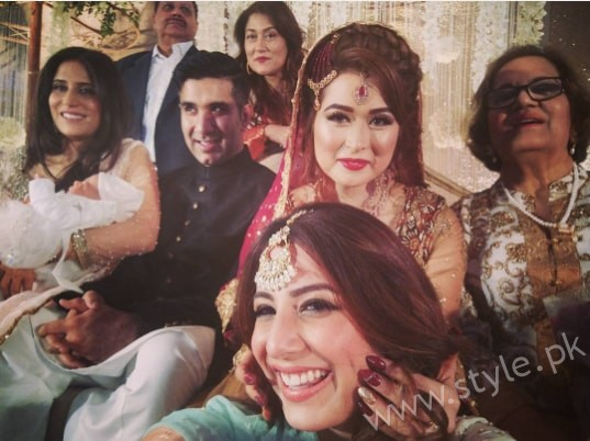 Ushna Shah at her Friend's Wedding (6)