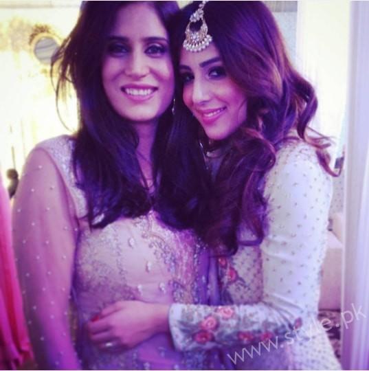Ushna Shah at her Friend's Wedding (9)