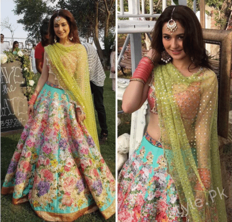See Hania Amir Looks beautiful in Lehnga Choli by Nomi Ansari