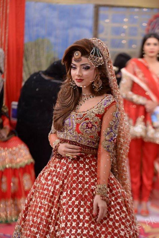 Latest Pakistani Bridal Dresses And Bridal Makeup