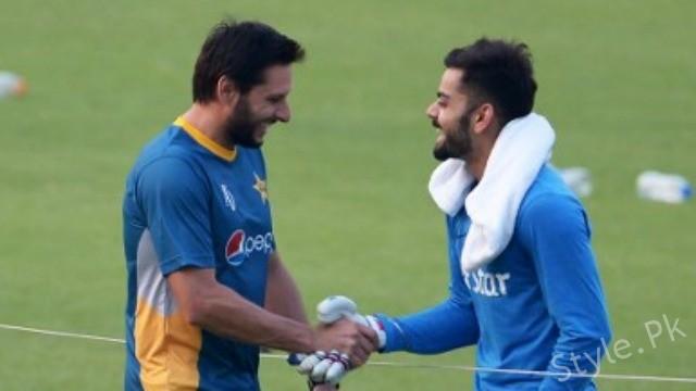 see Virat Kohli's Heart Melting Gift for his Favourite Cricketer!