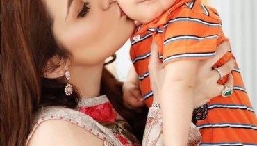 Recent Beautiful Clicks Of Juggun Kazim with her Husband And Son