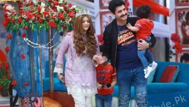 Syed Jibran With His Wife And Kids At Shaista Lodhi Morning Show