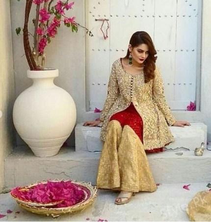 Gorgeous Minal Khan On Set Of Upcoming Shoot