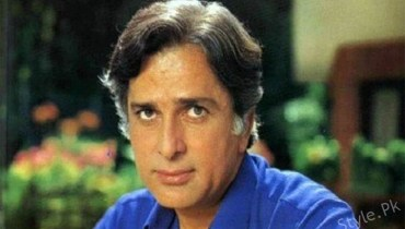 Celebrities Pay Respect To Late Bollywood Legend Shashi Kapoor