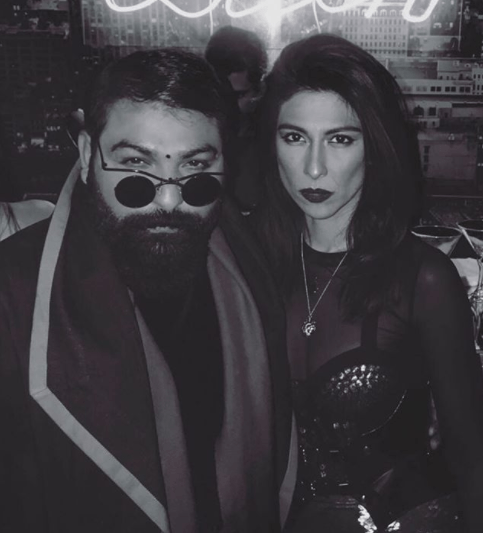 See Meesha Shafi Looks Hot in Black Outfit