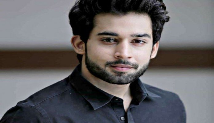 People Can't Stop Spoiling This Perfect Picture Of Bilal Abbas Khan And His Sister