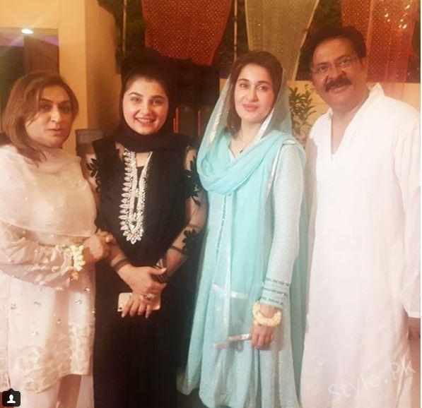 Shaista Lodhi Host a Mehfil-e-Milad at Home