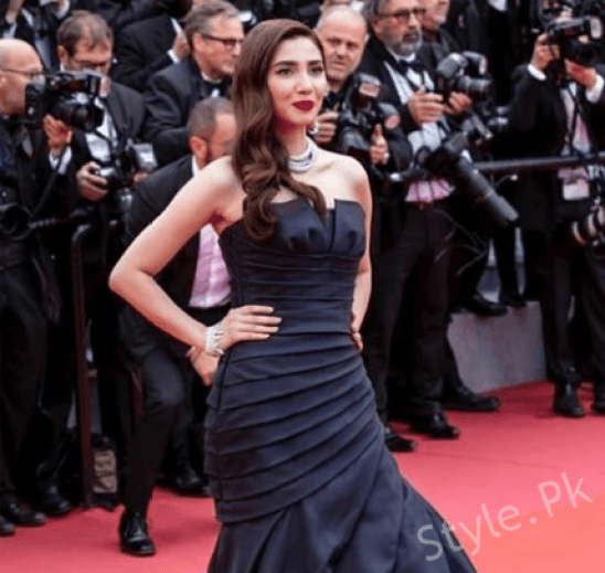 Mahira Khan First Stunning Look At Cannes