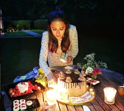 See Ainy Jaffri Celebrated her Birthday in London