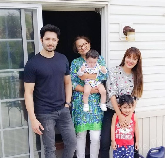 sEE Ayeza Khan and Danish Taimoor with their Kids in USA