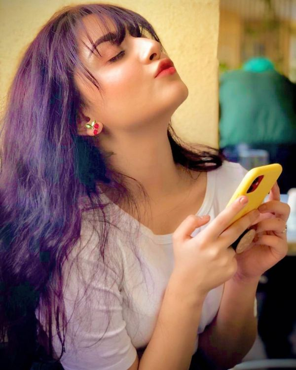 Alizeh Shah Latest Beautiful Clicks from her Instagram