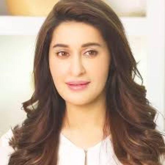 Dr. Shaista Lodhi Made Shocking Revelations About Heena/ Mehndi