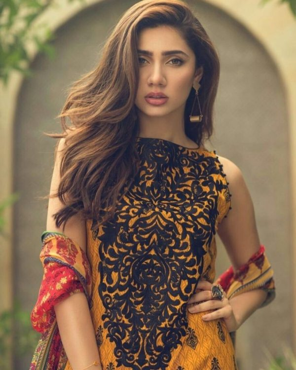 Mahira Khan Stuns In MNR Latest Bridal Collection