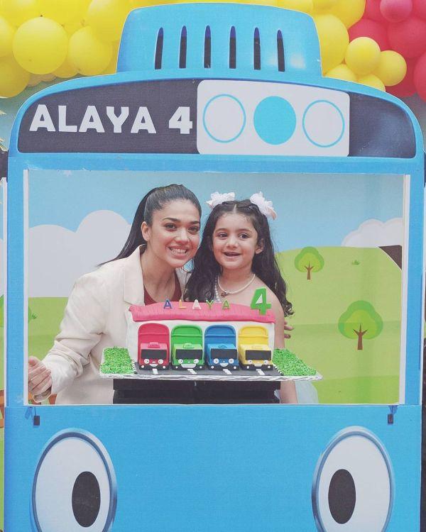 Sanam Jung Celebrating 4th Birthday of her Daughter Alaya