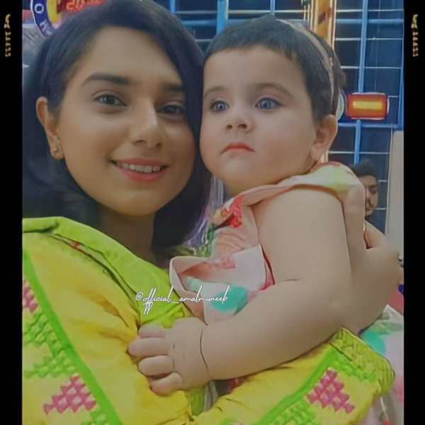 Amal Muneeb with Her Grand Mother Latest Pictures
