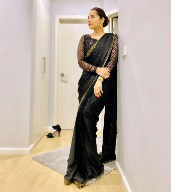 Actress Saniya Shamshad Latest Pictures