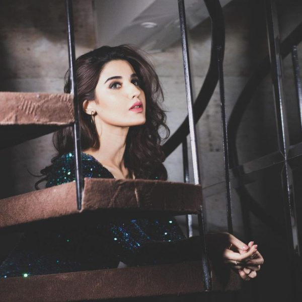Actress Hareem Farooq Sparkling Like A Queen