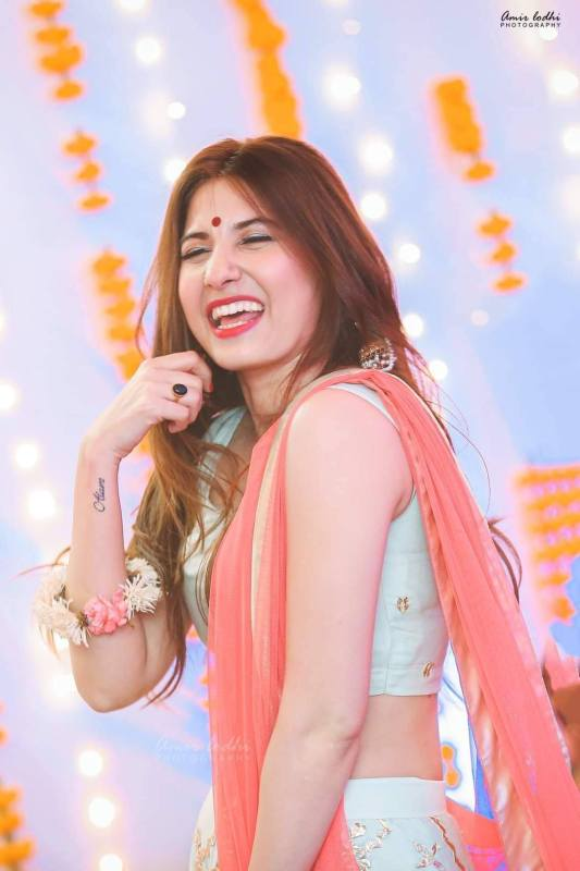 Hina Altaf Looks Too Gorgeous In Her Recent Clicks