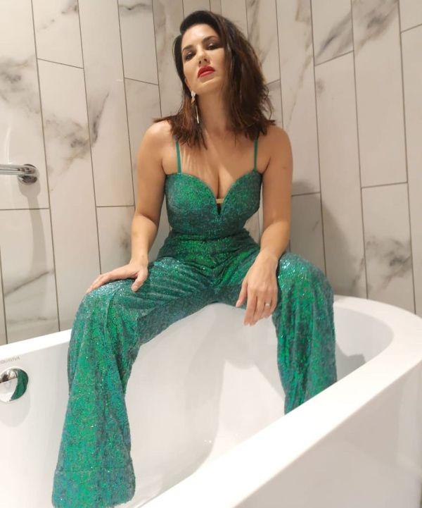 Sunny Leone's New Bold And Hot Photoshoot