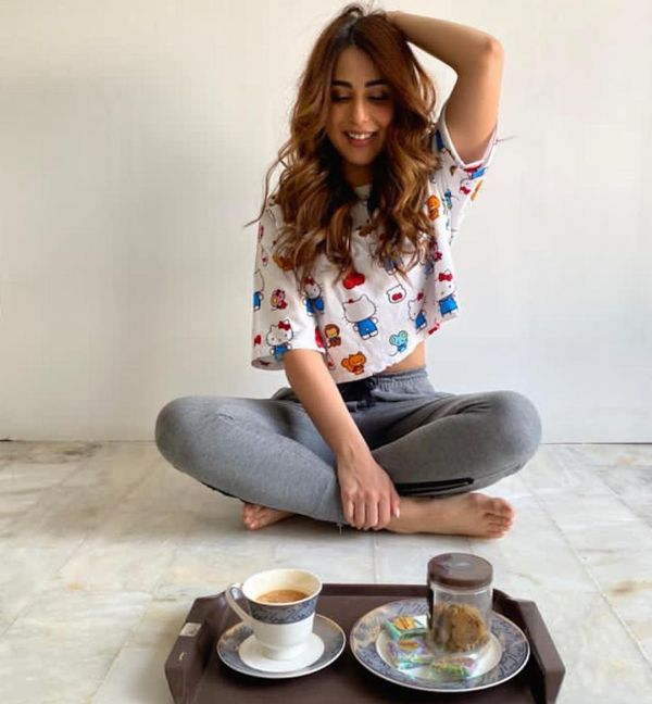 Actress Ushna Shah Gym and Exercise Outfit
