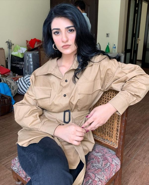 Actress Sarah Khan gives us Latest Winter Goals