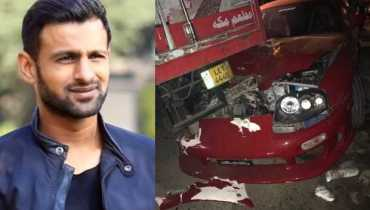 Shoaib Malik car accident while leaving PSL draft in Lahore