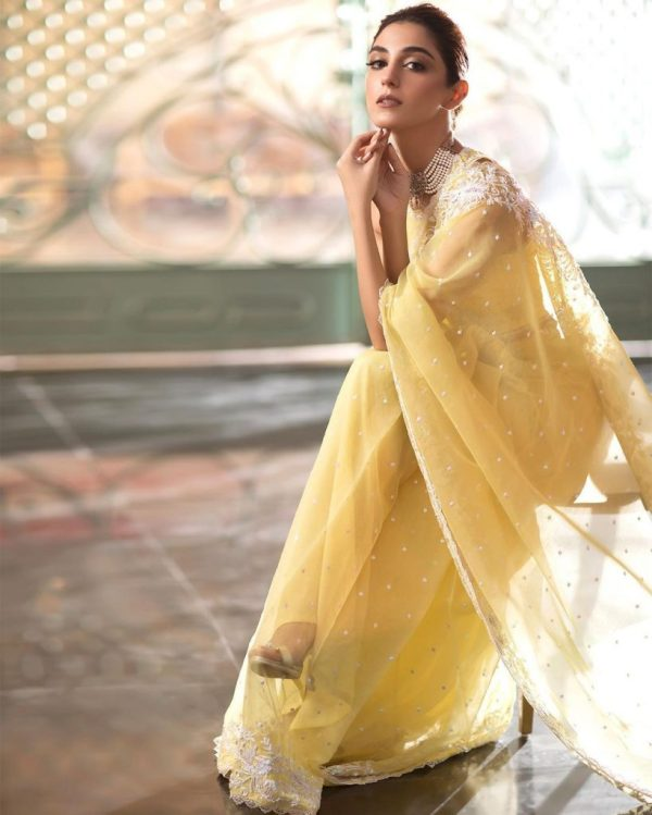 Maya Ali Embodies Elegance Donned In A Graceful Saree