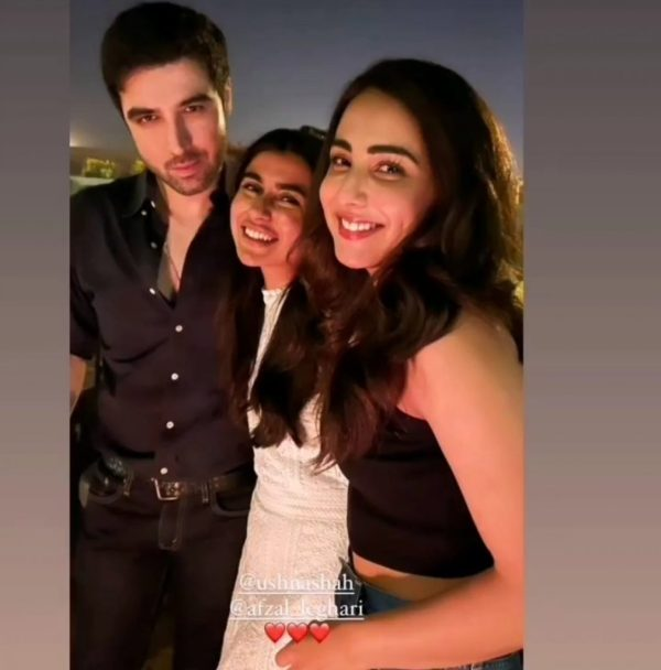 Actress Ushna Shah Celebrating Her Birthday With Friends