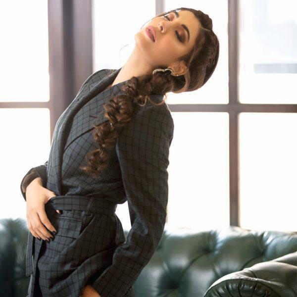 After Divorce Urwa Hocane Get Rici Melion Western Look