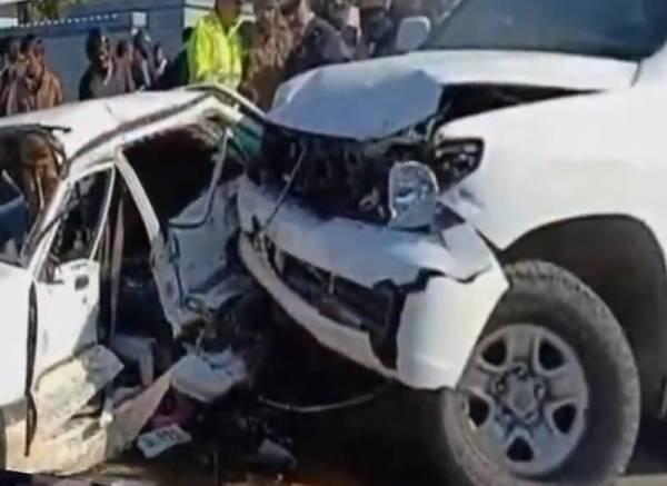 Abrar ul Haq car smashes near Gujranwala nephew injured