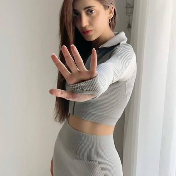 Famous Pakistani Actress Urwa Hocane Gym vibes