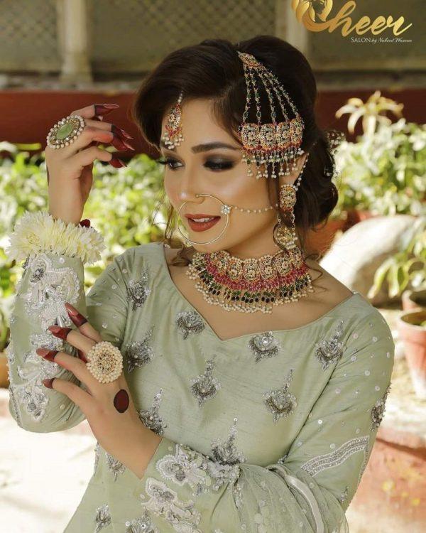 Sumaiyya Bukhsh Looking Gorgeous In Pakistani Bridal Dress