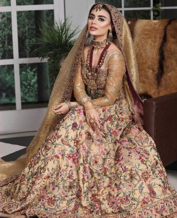 Sadaf Kanwal Shows Royalty In Her Latest Bridal Shoot