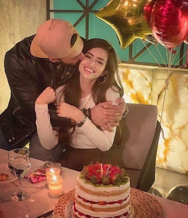 Sana Javed Celebrates Her Birthday In Style