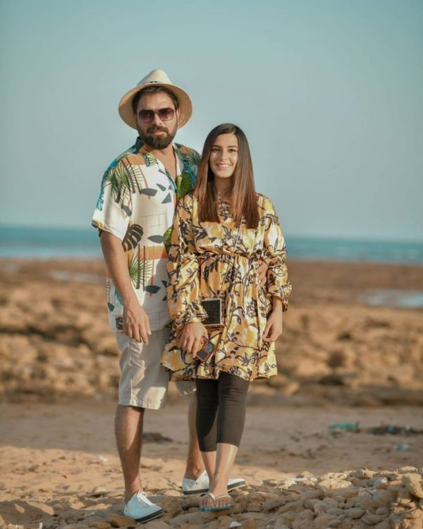 Adorable Couple Pictures of Iqra And Yasir at the Beach
