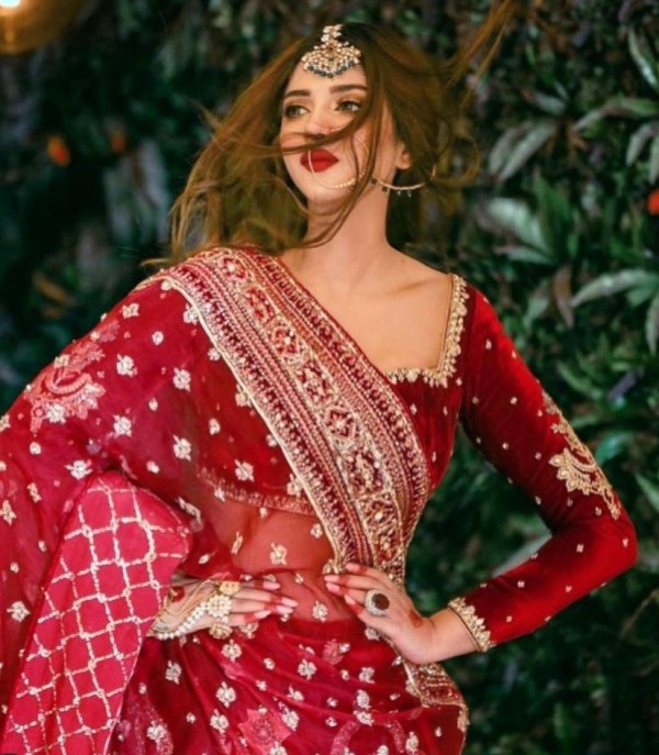 Actress Sonya Hussyn Makes Us Fall In Love With Saris