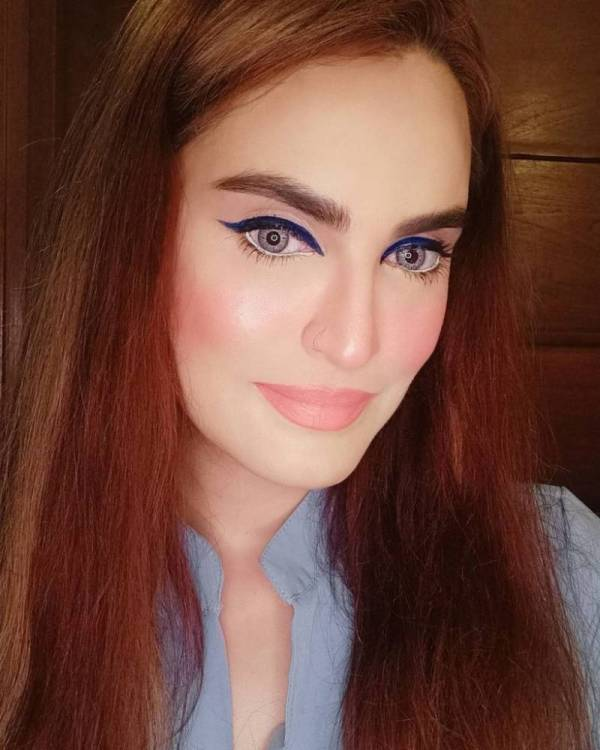 Supermodel Nadia Hussain Supports Cosmetic Surgery