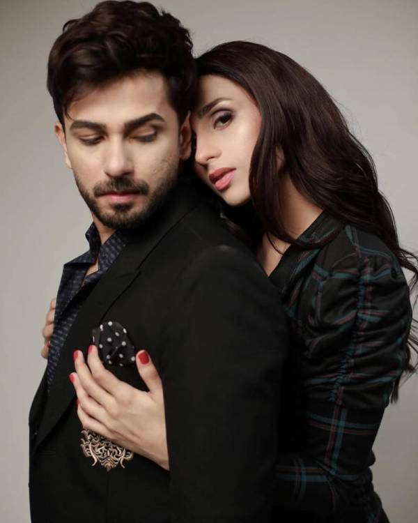 Mashal Khan striking back by flaunting engagement ring
