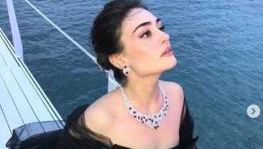 Turkish superstar Esra Bilgic delights fans as her stunning pics