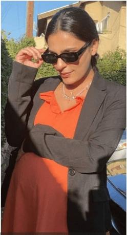 Notorious Actress Sadia Ghaffar Poses With A Baby Bump